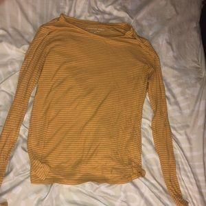 Large Mustard Yellow American Eagle Sweater